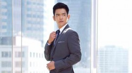 John Cho Delights in Rom-Com Role in ABC's 'Selfie'