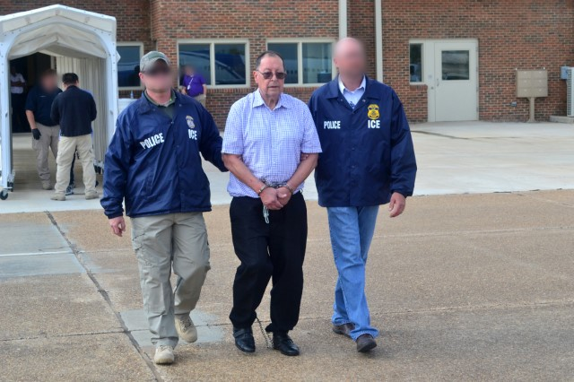 ICE removes former El Salvador defense minister