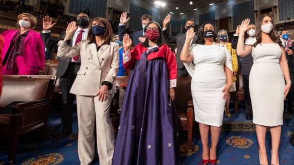 Congresswoman wears hanbok at swearing-in ceremony, honors Korean immigrant mom